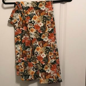 TC2 Lularoe Tiger Leggings
